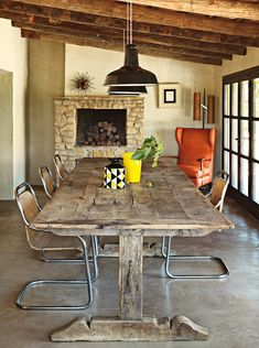 99 Lovely Rustic Best Dining Table Ideas , This Awesome Photo of Lovely Rustic Best Dining Table Image is totally extraordinary for your home design idea. Many of our visitors choose this as favourite in Dining Room Category. Wood Table, Table And Chairs, Dining Table, Dining Room, Rustic Table, Banquette Dining, Patio Table, Rustic Decor, Casas Containers