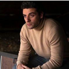 Oscar Isaac #SexiestManAlive #BeyondGorgeous  Source ryloben