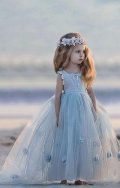 Dress Flower, Princess Flower Girl Dresses, Cheap Flower Girl Dresses, Wedding Flower Girl Dresses, Lace Flower Girls, Lace Dress, Girls Dresses, Vintage Flower Girls, Little Girl Dresses