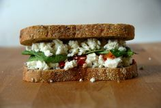 The Buffer - Feta, Roasted Red Pepper Relish and Baby Spinach Grilled Cheese - Grilled Cheese Social Spinach And Feta, Baby Spinach, Image Healthy Food, Healthy Snacks, Healthy Hair, Kids Pasta, Pepper Relish, Roasted Red Peppers, Wrap Sandwiches