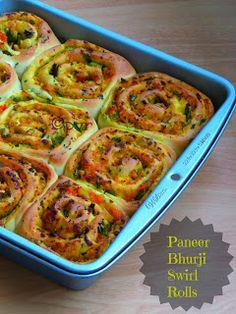 Paneer bhurji Swirl Rolls - convinient and healthy breakfast option for your kid in school! Mouth watering snack prepared using #NanakPaneer #PaneerSnacks #Foodie #Delicious