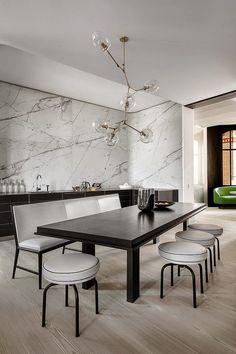 eremas studio: Парижская эклектика в интерьере с видом на Эйфелеву башню