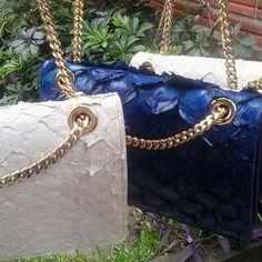 Bolsas em pirarucu - confeccionadas e desenhadas por Giovanna Casasola Migowski Couro Exótico  azala leather goods - bags and accessories