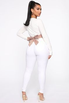 Always On Overtime Top - White/combo – Fashion Nova Love Fashion, Plus Size Fashion, Womens Fashion, Fashion Tips, Cute Summer Outfits, Cute Outfits, Minimale Kleidung, Casual Wear, Casual Outfits