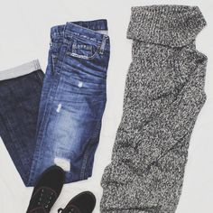Give your #turtleneck a model off duty look by pairing it with boyfriend #jeans and #sneakers! #style #freestylefind #ootd #fashion