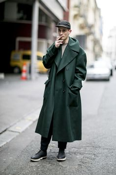 Green trench coat beauty