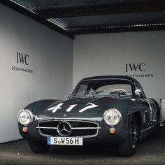 Mercedes Benz #300SL. Pic ©TFJJ-Photoshoots / #300SLRestorations #BruceAdams190SL