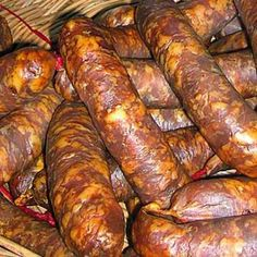 Salami Recipes, Meat Recipes, Cooking Recipes, Romania Food, Good Food, Yummy Food, Smoking Meat, Charcuterie, Food Inspiration