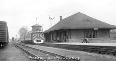 Picturing the Past Black N White Images, Black And White, Ottawa Valley, Canadian Pacific Railway, Train Stations, Modern Artists, Color Photography, Ontario, Airplane
