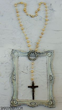 Vintage glass Pearl and Rhinestone Rosary style Necklace