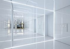 Glass office Soho China by AIM Architecture