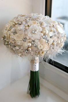 1000 images about floral brooch bouquets on pinterest. Black Bedroom Furniture Sets. Home Design Ideas