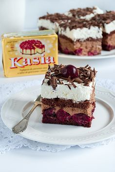 kostka czarny las Cute Desserts, Cookie Desserts, No Bake Desserts, Cookie Recipes, Dessert Recipes, Polish Desserts, Polish Recipes, Cake Recept, No Bake Cake