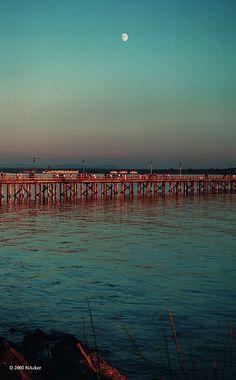 Sunset White Rock by Nic N-Ack, via Flickr  #whiterock #whiterockpier #whiterockhomes #whiterockhillside #garymcgrattenrealtor Mc G, Sunset, Rock, Beach, Water, Outdoor, Gripe Water, Outdoors, Seaside