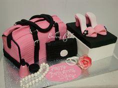Pink Bag, Shoe and shoe box and Purse Cake Beautiful Birthday Cakes, Beautiful Cakes, Amazing Cakes, Fondant Cakes, Cupcake Cakes, Cupcakes, Handbag Cakes, Purse Cakes, Shoe Box Cake