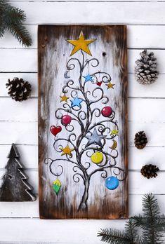 Wood Christmas Tree, Christmas Signs, Christmas Art, Christmas Tree Decorations, Winter Decorations, Christmas Porch, Christmas Gnome, Christmas Ideas, Santa Paintings