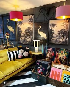 quirky colourful living room interior design What's Decoration? Decoration may be the art of decorating the inside and exterior of … Quirky Home Decor, Eclectic Decor, Estilo Hollywood Regency, Living Room Decor, Bedroom Decor, Bedroom Curtains, Bedroom Sets, Bedroom Wall, Entryway Decor
