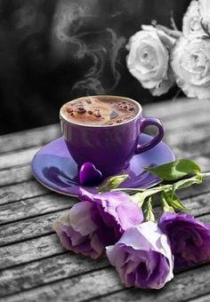 💐💕 Kaffee or Hot Chocolate ? I Love Coffee, Best Coffee, My Coffee, Coffee Cafe, Coffee Drinks, Coffee Shop, Good Morning Coffee, Coffee Break, Café Chocolate