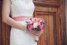 wedding in Montenegro! Beautiful bride and wedding dress in sea in Kotor/Prcanj bouquet flowers decor Черногория Свадьба