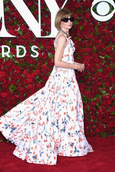 Anna Wintour attends the 70th Annual Tony Awards at The Beacon Theatre on June 12, 2016 in New York City.
