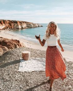 Bohemian Maxi Skirt Hippie style clothing, boho fashion boutique outfits ideas Source by summer outfits Summer Outfit For Teen Girls, Casual Summer Outfits For Women, Summer Outfits For Teens, Casual Outfits, Summer Fashions, Summer Clothes, Comfy Clothes, Maxi Skirt Outfit Summer, Long Skirt Outfits For Summer