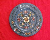 Norwegian Rosemaling -- Hand Painted Plate -- Background  Dark blue, Hand Turned