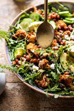 Fried cauliflower salad with creamy honey - mustard - vinai .- Gebratener Blumenkohlsalat mit cremiger Honig – Senf – Vinaigrette halbgebacken … Fried cauliflower salad with creamy honey – mustard – vinaigrette half baked … - Vegetarian Recipes, Cooking Recipes, Healthy Recipes, Best Salad Recipes, Dinner Salad Recipes, Arugula Recipes, Quinoa Salad Recipes, Cooking Hacks, Delicious Salad Recipes
