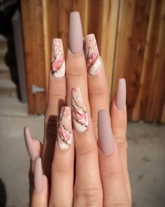 Marble coffin nail designs have become more and more popular in recent years, and the trend has not abated at all. Marble nails are a kind of nail art design which imitates the appearance of marble. Everyone can create this nail art design on their o Marble Nail Designs, Marble Nail Art, Acrylic Nail Designs, Nail Art Designs, Nails Design, Pink Marble, Unique Nail Designs, Coffin Nails Long, Long Nails