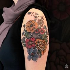 Merci Nelly ! #iditch #tattoo #flowers #armtattoo #catseyes #traditionaltattoo