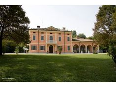 Villa Ascari venue in Carpi modamakers is a fashion event May 18 2016 fing out 2017 spring summer