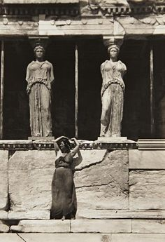 blueberryvintage:  edward steichen: isadora duncan at the parthenon, athens, 1920