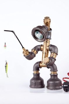 Easy2cook-Vintage- Retro Handmade- Steampunk Pipe Table Lamp- Robot Fishman