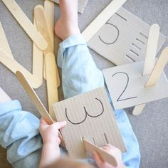 50 Best Ways To Use Craft Sticks For Learning in Early Childhood Preschool Learning Activities, Kindergarten Math, Infant Activities, Preschool Activities, Early Learning, Kids Learning, Learning Numbers, Craft Stick Crafts, Craft Sticks