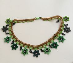 Jewelry Patterns, Bead Art, Bead Weaving, Seed Beads, Crochet, Mandala, Inspire, Necklaces, Inspiration