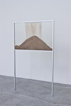 Nicholas Mangan A World Undone (protolith) 2012 Aluminium, glass, geological matter 150 x 90 x 3 cm Contemporary Sculpture, Contemporary Art, Exhibition Display, Land Art, Installation Art, Art Installations, Sculpture Art, Modern Art, Design Inspiration