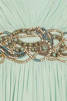Details of one of Daenerys' gown, marchesa, danenerys, targaryen, mint green, dress detail