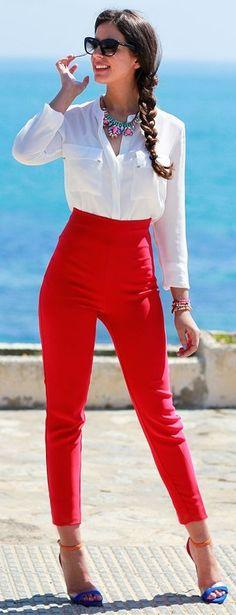 #spring #streetstyle | White Shirt + High Waist red Pants | Silvia Navarro