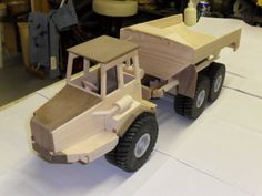Articulated Dump truck - by LarryN @ LumberJocks.com ~ woodworking community