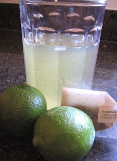 ~Iced green tea lime cooler - caffeine boost, metabolism booster, healthy antioxidants.