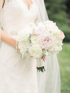 Photography: Krista A. Jones - kristaajones.com  Read More: http://www.stylemepretty.com/2015/01/20/lbb-member-classic-antrim-1844-wedding/