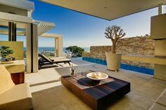 Villa Azure in Cape Town / South Africa
