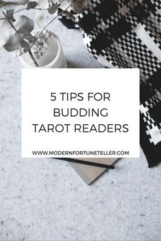 5 tips for budding tarot card readers.