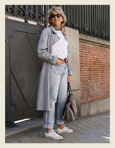 Womens Fashion Casual Summer, Over 50 Womens Fashion, 50 Fashion, Fashion Outfits, Chic Winter Outfits, Warm Outfits, Stylish Outfits, City Outfits, Mode Outfits