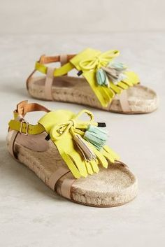 Hoss Intropia Kiltie Sandals Lime 40 Euro Sandals #AnthroFave