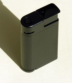 Braun Lighter Centric by vicent.zp, via Flickr