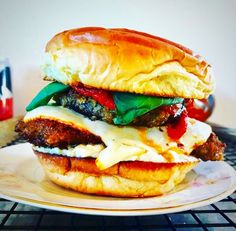 THIS SATURDAY, 11/11/17, Grab a Parm Sandwich for Charity!  To reserve yours sign up on their website here: http://www.mattsvealparm.com OR DM to  @mattsvealparm on Instagram. All proceeds go to @purpleaspchi to educate children on healthy eating. @Purpleaspchi | Twitter