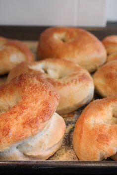 Reasons I need a breadmaker: Cooking On Clover Lane: Bread Machine Bagels Ma Baker, Bagel Bread, Bread Maker Recipes, Homemade Bagels, Bagel Recipe, Challah, Croissants, Popular Recipes, Bread Baking