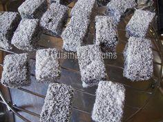 Lamingtons (gâteaux australiens)