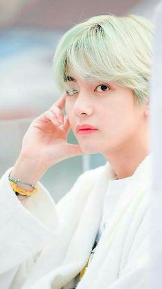 Taehyung is the most precious angel Bts Taehyung, Bts Bangtan Boy, Bts Jungkook, Daegu, Foto Bts, Kpop, Spirit Fanfic, Bts Kim, V Bts Cute