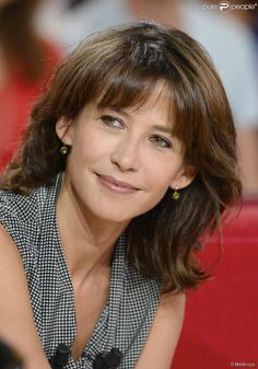 """Sophie Marceau - Enregistrement de l'émission """"Vivement dimanche"""" à Paris le 17 septembre 2014. L'émission sera diffusée le 21 septembre."""
